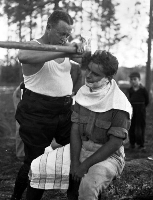 the-way-real-men-shave-1940