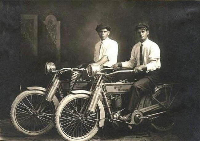 william-harley-and-arthur-davidson-founders-of-the-harley-davidson-motorcycle-company