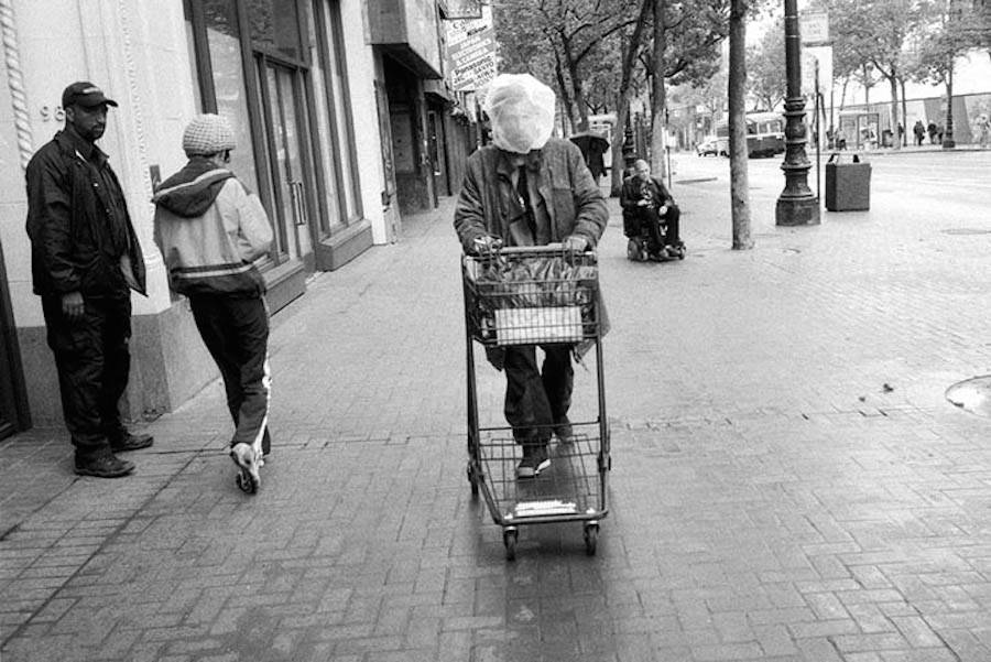 black-and-white-street-photography-of-san-francisco-9-900x601