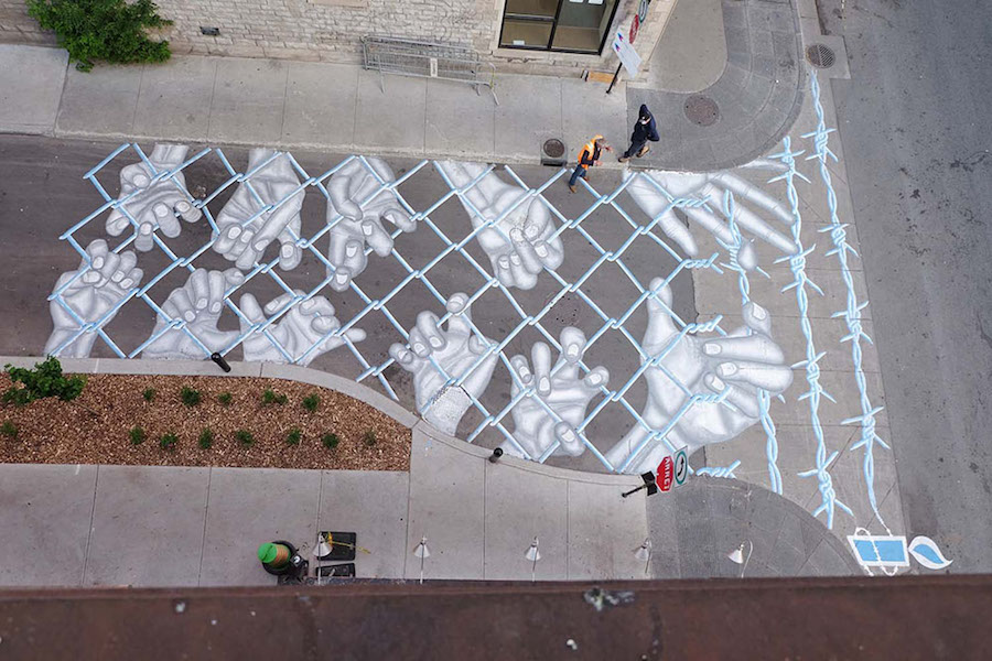 impressive-giant-paintings-on-the-concrete-by-roadsworth-0