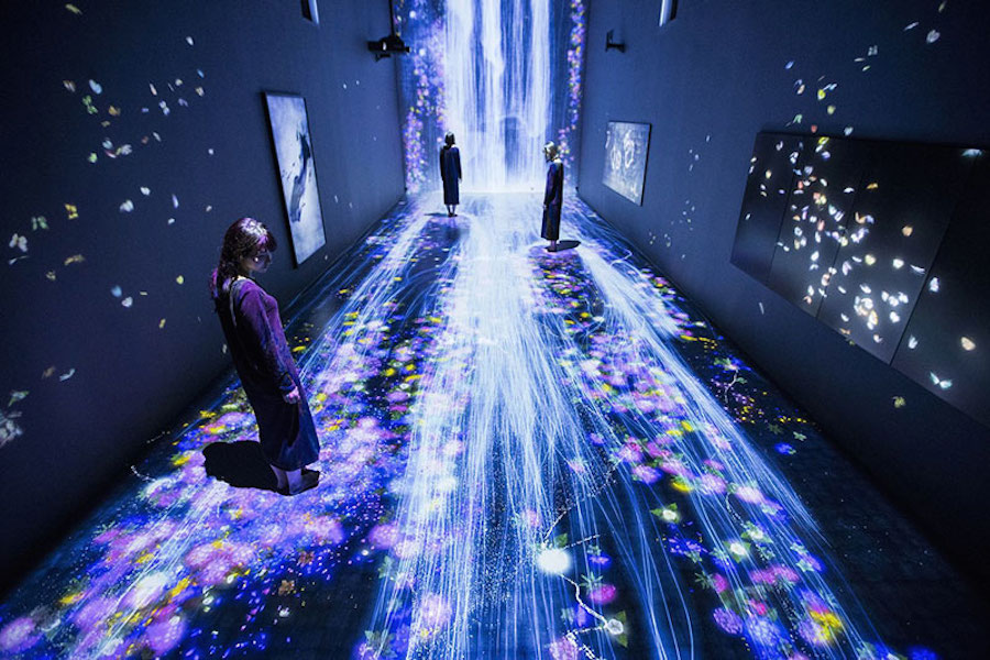 immersive-interactive-installation-in-an-art-gallery-in-london-3